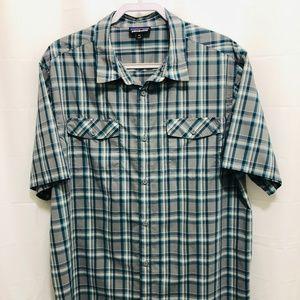 Patagonia Men's XXL Short Sleeve Shirt     PEM20